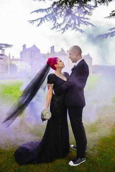 23 Dark Wedding Dresses For Brides Who Think White Is Trite Cute Wedding Ideas, Wedding Advice, Wedding Couples, Wedding Planning, Wedding Stuff, Geek Wedding, Rose Wedding, Wedding Bells, Red Wedding Dresses