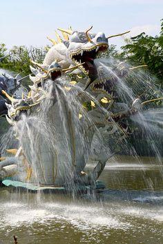 Fountain on the grounds of Muang Boran in Samut Prakan Thailand By CTMLONDON  via It's a beautiful world