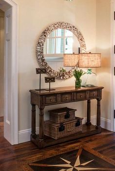 Best Small Entryway Decor Ideas and Designs Home Decor Small entryway decor is more important than ever. With some small entryway decor, you can create a wonderful entryway for your home. Cottage Entryway, Rustic Entryway, Entryway Decor, Entryway Ideas, Nautical Entryway, Entryway Furniture, Modern Entryway, Entrance Ideas, Hallway Ideas