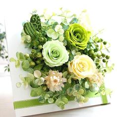 preserved flower Flowers For You, Diy Flowers, Flower Decorations, Paper Flowers, Flower Arrangements Simple, Artificial Flower Arrangements, Artificial Flowers, Flower Frame, Flower Boxes