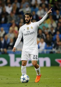 From breaking news and entertainment to sports and politics, get the full story with all the live commentary. Isco Alarcon Real Madrid, Isco Real Madrid, Equipe Real Madrid, Real Madrid Players, Best Football Team, Juventus Fc, Group Pictures, Football Pictures, Iker Casillas