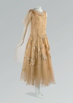 Appliqued Tulle Evening Dress, spring 1931 // Madeleine Vionnet