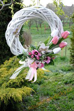 Novinky | Jarní věnec - Růžové tulipány a ptáčci |