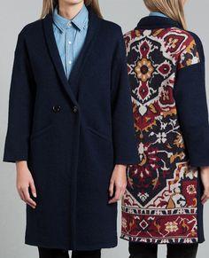 """Le manteau brodé Moonchild fait partie de notre sélection """"Les 50 plus beaux manteaux de cet hiver"""" !"""