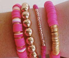 Pink Jewelry, Hippie Jewelry, Cute Jewelry, Jewelery, Homemade Bracelets, Homemade Jewelry, Beaded Jewelry Designs, Bead Jewellery, Preppy Bracelets