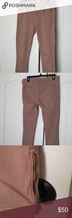 """VINCE Ankle Zip Legging Jean These jeans are very skinny and cute. I'm 6"""" tall and they're long enough for me. They come to my ankle. They are stretchy and adorable. Vince Jeans Skinny"""