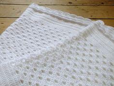 Instant Download PDF Crochet Pattern White Shell by HanJanCrochet