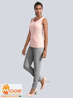 Hose mit seitlichen Zipper Taschen Femininer Style in klassischer Silhouette Dezenter Nadelstreifen mit Pastell A... #BAUR #AlbaModa #Rabatt #20 #Marke #Alba #Moda #Farbe #grau #Material #Elasthan #Polyester #Viskose #Onlineshop #BAUR #Damen #Bekleidung #Damenmode #Hosen #Röhrenhosen #Sale | sportliche Outfits, Sport Outfit | #mode #modeonlinemarkt #mode_online #girlsfashion #womensfashion Alba Moda, Sport Outfit, Mode Online, Capri Pants, Pajama Pants, Pajamas, Sweatpants, Material, Silhouette