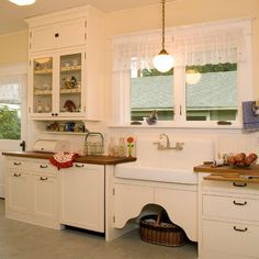 1920's Kitchen. Pretty much everything I want my kitchen to look like. Maybe some more color though
