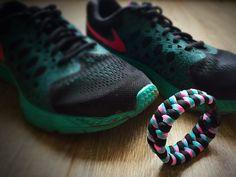 Paracord armband zwart/ roze/ groen passend bij mijn Nike's #ParacordArmband #Nike