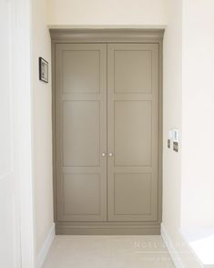 New house entrance storage coats Ideas - Dekoration Ideen Coat Cupboard, Hall Cupboard, Airing Cupboard, Cupboard Storage, Porch Storage, Coat Storage, Hallway Storage, Built In Storage, Cloakroom Storage