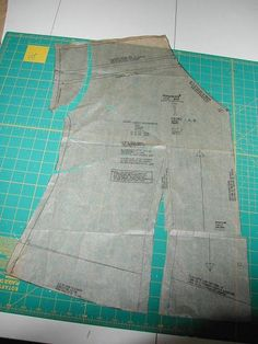 Stitches and Seams: Alterations: Full Bust Adjustment with Dolman Sleeves | Plus Size Sewing