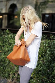 So simple and chic! — white tee, denim, leather tote, sunglasses and layered jewelry