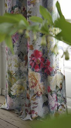 Designers Guild Marianne floral design Disponible en @latorredecora