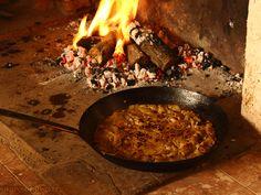 Gachamiga o Gachasmigas Plato de la cocina tradicional de nuestro pueblo: Bienservida (Albacete)  +Info & Receta: http://www.nosponemosfinos.es/2013/09/gachamiga-o-gachasmigas.html