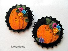 Beedeebabee's fall pumpkin pins.  Pinner said:  She does such beautiful work!