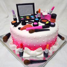 bolos de aniversario  de maquiagem