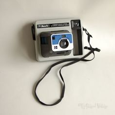 Vintage-Retro-1970s-KODAK-The-Handle-Instant-Camera-Collectable-FREE-UK-P-amp-P