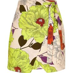River Island Yellow retro floral print wrap skirt ($30) ❤ liked on Polyvore featuring skirts, sale, retro skirt, floral skirt, wrap front skirt, floral print mini skirt and floral mini skirt