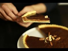 Chocolate tart and salted butter caramel - Thermomix Desserts, Easy Desserts, Dessert Recipes, Salted Caramel Tart, Salted Butter, Tarte Caramel, Desserts With Biscuits, Chocolate Pies, My Dessert