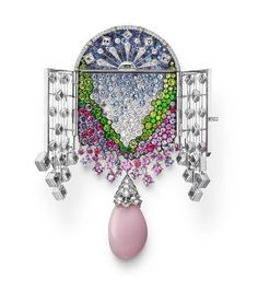 Only the best pearls in the world are destined to become Mikimoto gems. Unwavering dedication to quality pearl jewelry, necklaces, earrings & rings is why Mikimoto is the name in pearls. The originator of cultured pearls, since 1893 - MIKIMOTO US. High Jewelry, Pearl Jewelry, Jewelry Shop, Antique Jewelry, Jewelry Design, Fashion Jewelry, Jewelry Necklaces, Gold Jewellery, Jewlery