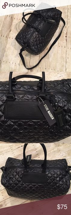 STEVE MADDEN weekender NWT STEVE MADDEN weekender NWT adjustable and detachable strap easy to wipe off material. 19x10.5.  Fits on airplane ✈️ for carry on Steve Madden Bags Travel Bags