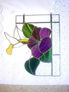 Résultat d'images pour stained glass window corners patterns free Stained Glass Frames, Stained Glass Flowers, Faux Stained Glass, Stained Glass Designs, Stained Glass Projects, Stained Glass Patterns, Leaded Glass, Stained Glass Windows, Mosaic Glass