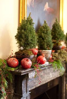 Pomegranites and Greens on the Mantle