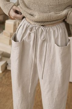 Lauren Manoogian - Lauren Manoogian Best Picture For outfits para salir de noche For Your Taste You are looking for - Minimalist Outfit, Minimalist Fashion, Spring Outfit Women, Winter Outfits, Mode Outfits, Casual Outfits, Fashion Outfits, Fashion Tips, Fashion Trends