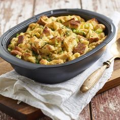 Bread pudding doesn't always mean dessert. We transformed it into a savory stuffing that will add a new level of delicious to your holiday spread. Microwave Pressure Cooker, Pressure Cooker Recipes, Tupperware Recipes, Microwave Recipes, Shredded Chicken Nachos, Easy Poached Eggs, Cheeseburger Pasta, Salmon Salad, Grilling Recipes