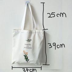 Sacs Tote Bags, Diy Tote Bag, Bag Patterns To Sew, Fabric Bags, Canvas Shoulder Bag, Shopper Bag, Reusable Bags, Cotton Bag, Cloth Bags