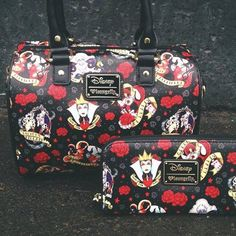 The villains are always my heroes ;) Love this bag and wallet!