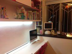 iMac in girls room Apple Home, Corner Desk, Loft, Bed, Technology, Furniture, Retro, Girls, Home Decor
