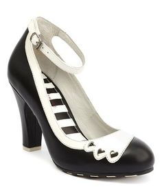 Black & White June Leather Pump