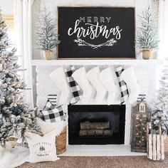 GREAT Merry Christmas template ONLY designed by Holly Lauritzen – christmas decorations Merry Christmas, Christmas Mantels, Christmas 2019, Christmas Home, Christmas Holidays, Christmas Ideas, Christmas Fireplace Decorations, Christmas Tables, Christmas Music