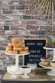 Donut Bar with Toppings Galore! Set up a Donut Bar with Toppings for a brunch or dessert party idea. See all the details here, from Chris Nease of CelebrationsAtHom… Dessert Party, Party Desserts, Dessert Ideas For Party, Unique Birthday Party Ideas, Ideas Party, Donut Birthday Parties, Birthday Brunch, 16th Birthday, Kids Cooking Party