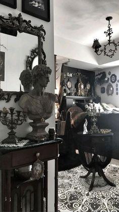 Dark Home Decor, Goth Home Decor, Black Room Decor, Decor Room, Goth Bedroom, Room Ideas Bedroom, Gothic Bedroom Decor, Gothic Bathroom, Gothic Room