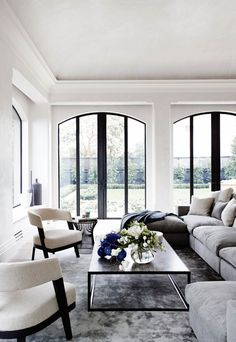 The essential topic of contemporary home decor is simple, clean lines with a progressed twist. Contemporary home decor can be accomplished by immaterial Elegant Living Room, Formal Living Rooms, Living Room Modern, Living Room Interior, Home Interior, Modern Interior Design, Living Room Decor, Dining Room, Bedroom Decor