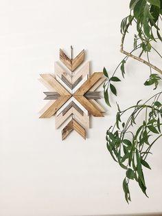 Beach Wood, Wooden Ornaments, Mountain Paintings, Renting, Rustic Barn, Diy Wall Art, Ikea Hack, Geometric Art, Custom Wood