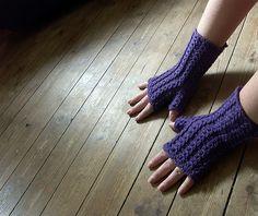 Ravelry: Augusta pattern by Lena Gjerald Knitting Patterns Free, Knit Patterns, Free Knitting, Free Pattern, Crochet Hooks, Knit Crochet, Knitted Boot Cuffs, Stitch Witchery, Fingerless Gloves Knitted