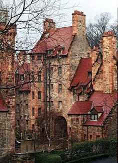 Medieval Architecture in Edinburgh, Scotland (Dean Village? Places To Travel, Places To See, Scary Places, Beautiful World, Beautiful Places, House Beautiful, Scotland Travel, Scotland Uk, Scotland History