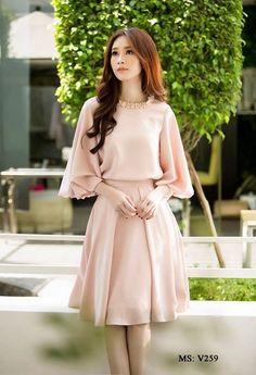 Lovely Dresses, Stylish Dresses, Simple Dresses, Elegant Dresses, Stylish Outfits, Casual Dresses, Korean Fashion Dress, Indian Fashion Dresses, Girls Fashion Clothes