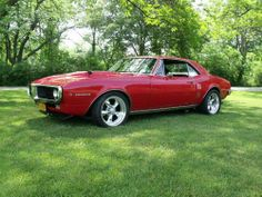 Stop by Pontiac Pickers on Facebook to feast your eyes on more vintage Pontiacs! Pontiac Firebird, Muscle Cars, Bmw, Facebook, Eyes, Vintage, Vintage Comics, Cat Eyes