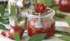Marmeláda z červených cibulek od Emanuela Ridi Czech Recipes, Kimchi, Homemade Gifts, Preserves, Pesto, Onion, Food And Drink, Vegetables, Cooking
