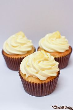 Recipe: Lemon cupcakes with lemon curd filling and lemon cream cheese frosting.