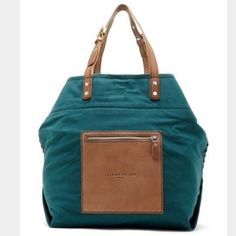 Liebeskind beta large tote in dark green Never used it has been sitting in my closet since I bought it. Very spacious great for traveling and comes with a small travel pouch as well. Liebeskind Bags Travel Bags