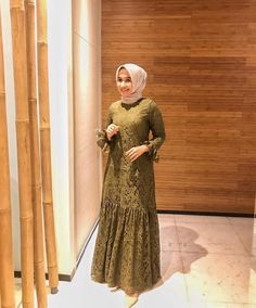 Dress Brokat Muslim, Dress Brokat Modern, Kebaya Modern Dress, Dress Pesta, Muslim Dress, Kebaya Dress, Dress Muslim Modern, Muslimah Wedding Dress, Fancy Dress Design