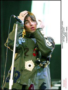 How cool is that parka Great Bands, Cool Bands, 00s Music, Oasis Live, Andy Bell, Oasis Music, Oasis Band, Mod Hair, Liam And Noel