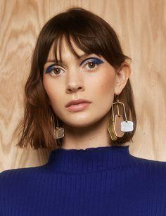 Love this look! Blue eyeshadow