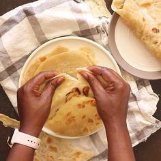 East African Chapati- Easy to make chapati that are Flaky, layered and Delicious. Made with a few simple ingredients. Cooking is an expression that crosses boundaries. Chapati Recipes, African Chapati Recipe, African Bread Recipe, South African Recipes, East Indian Food Recipes, South African Food, Kenyan Recipes, Nigerian Food, Caribbean Recipes